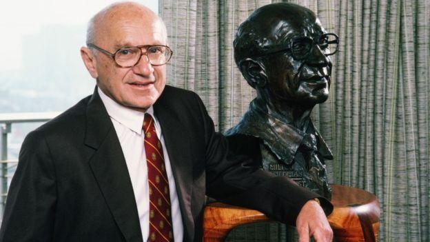 Milton Friedman fue uno de los economistas más conocidos del siglo XX. (Foto Guatevisión: Getty Images)