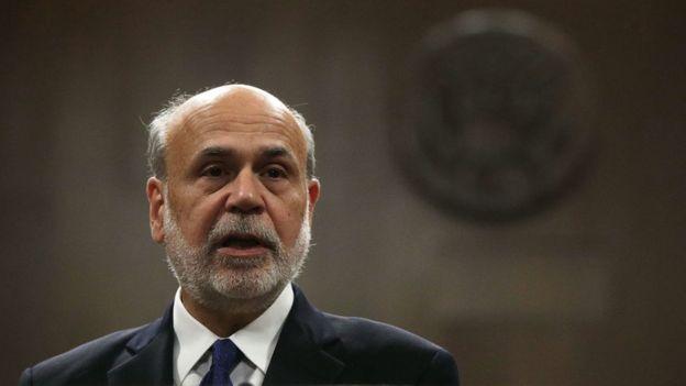 En 2002, Ben Bernanke, en ese momento, gobernador de la Reserva Federal, le expresó su agradecimiento a Schwartz y Friedman por su trabajo sobre las causas que llevaron a la Gran Depresión. (Foto Guatevisión: Getty Images)