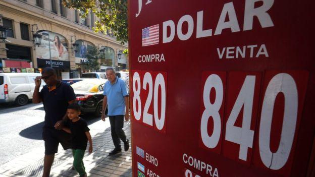 En Chile el dólar llegó a su nivel más alto en la historia. (Foto Guatevisión: Getty Images)