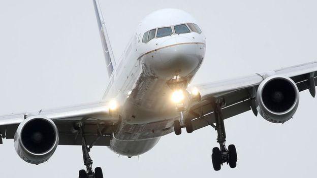 La aviación es uno de los sectores más golpeados por el coronavirus. (Foto Guatevisión: Getty Images)