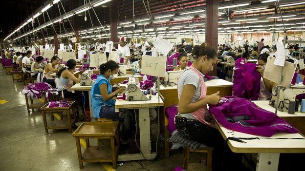 Un concepto desarrollado por Robinson puede ser la explicación de algunos fenómenos económicos que han venido ocurriendo en nuestros países. (Foto Guatevisión: Getty Images)